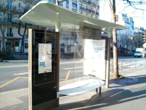 coChange App available on the touchpads of bus shelters